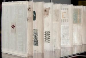 Book Natural Linen Side